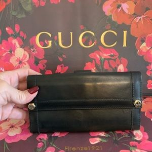 ❤️💙GUCCI 💙❤️ LEATHER CLUTCH 🌟 WALLET